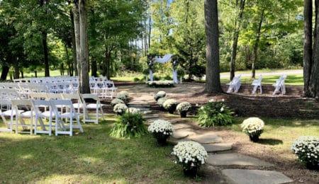 20 Ideas for Your Cleveland Backyard Wedding